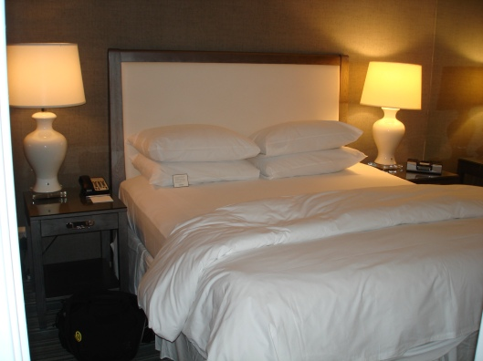 Chamberlain King Bed