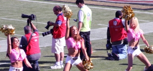 SF 49er Cheerleaders wear pink tops for breast cancer
