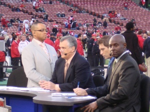 MNF Pre-game hosts
